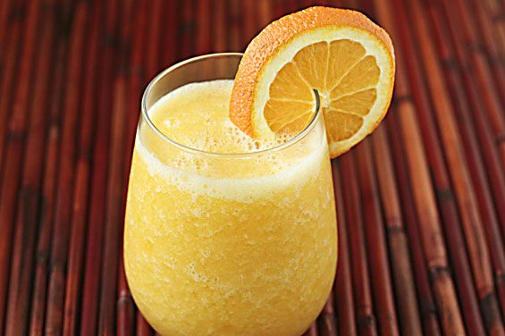 ORANGE JULIUS SMOOTHIE. (wonder what it would taste like with the addition of a mild green)