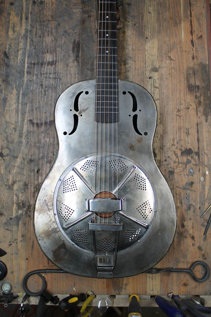 25 best ideas about resonator guitar on pinterest electric guitar price used electric. Black Bedroom Furniture Sets. Home Design Ideas
