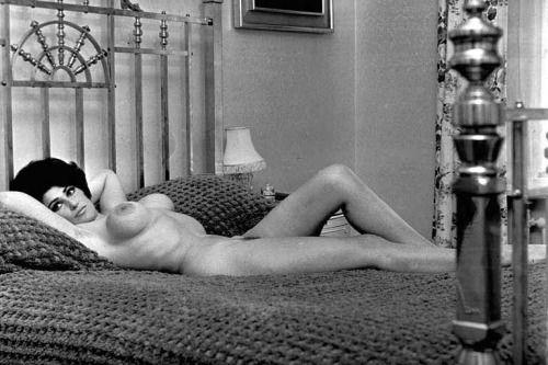 140 best Old School images on Pinterest | Nudes, Retro ...