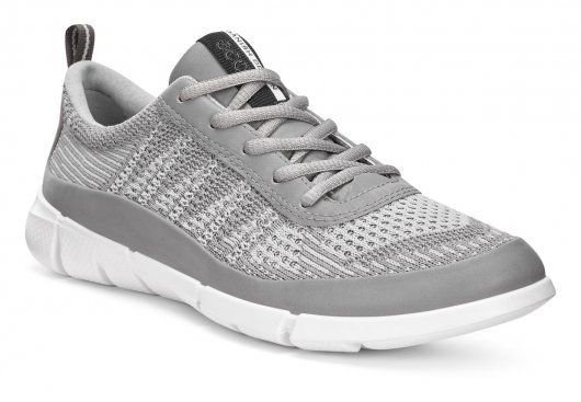 ECCO INTRINSIC 1 LADIES: A classic ladies trainer that cleverly combines knitted fabric and soft leather uppers for an on-trend look that also delivers premium comfort and flexibility.
