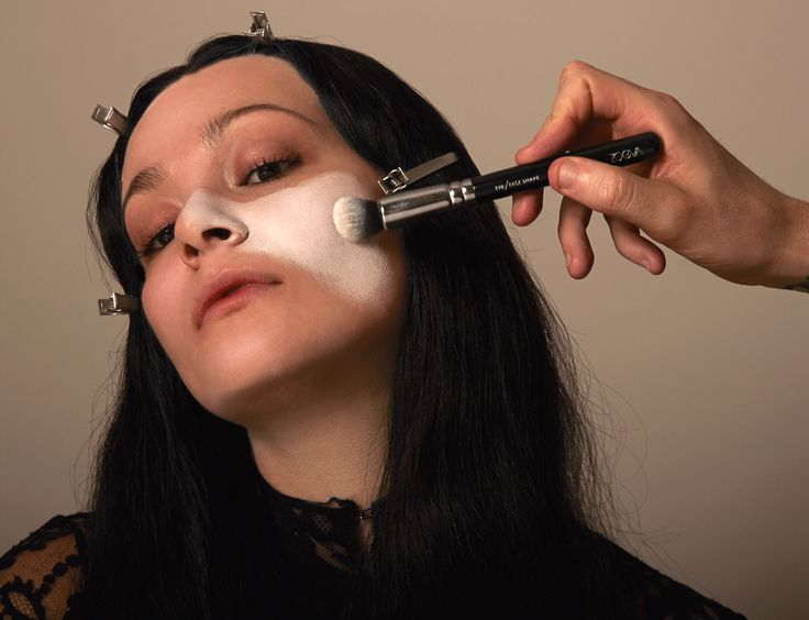 Halloween How-To: Morticia Addams - Into The Gloss                                                                                                                                                                                 More