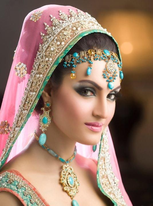 indian hair styles for hair best 25 bridal makeup ideas on 8584