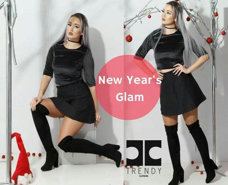 New Year Glam !! Εντυπωσίασε στη βραδινή σου έξοδο με το απόλυτο hot trendy τοπ βελούδο συνδυασμένο με mini φούστα με ρίγες!!! Chic and trendy #trendy #trendyfashion #style #happyandtrendy  Shop online:http://bit.ly/2hvhbb4