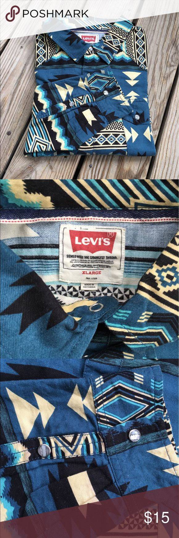 ⛺️🌋 LEVIS TRIBAL SHIRT MEN'S 🌋⛺️ 🌋⛺️ In excellent used condition , no flaws ⛺️🌋 LEVIS Shirts Casual Button Down Shirts
