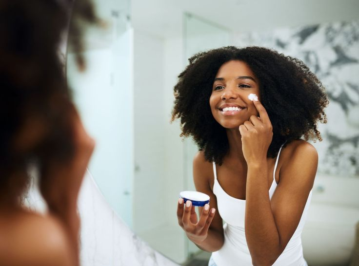 The 7 Best Moisturizers for Oily Skin in 2019