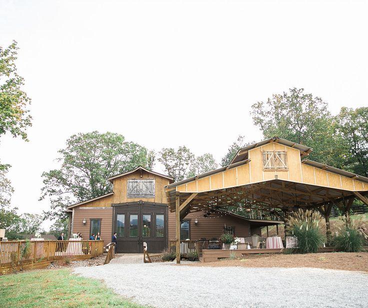 Dahlonega Wedding Venue North Georgia Mountain White Oaks Barn Wine Country Re