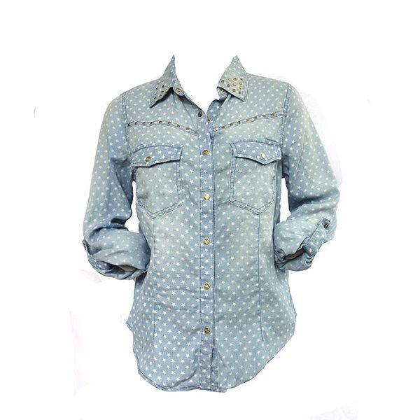 80% katoen 20% polyester.  Jeans blouse met ster patroontje.  Goudkleurige studs op de kraag en borstzakjes.  Het model van de blouse is oversized zoals de trend, open dragen.  Je kunt de mouwen van de blouse oprollen.  One size fits all.