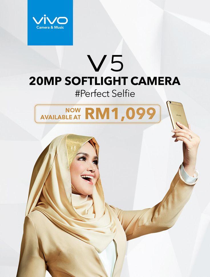 Harga Jualan Vivo V5 Dikemaskini  Bermula RM 1099  Vivo V5 amat sinonim dengan selfie lembut. Iklan yang dibintangi oleh biduanita Siti Nurhaliza pula kerap dilihat di kaca TV. Harga peranti yang dilancarkan di Malaysia pada November tahun lalu dikemaskini ke RM 1099 turun RM 100 dari harga sebelum ini.  Dari segi spesifikasi Vivo V5 hadir dengan skrin 5.5-inci dengan paparan HD (1280720 pixel) dijana menggunakan cip MediaTek MT6750 memori 4GB RAM ruangan storan 32GB yang boleh diperluaskan…