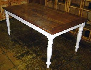 FM-077 -  Mesa de jantar, base branco Provençal, tampo em Canela, com pés torneados - 1,80x1,00x0,80h.