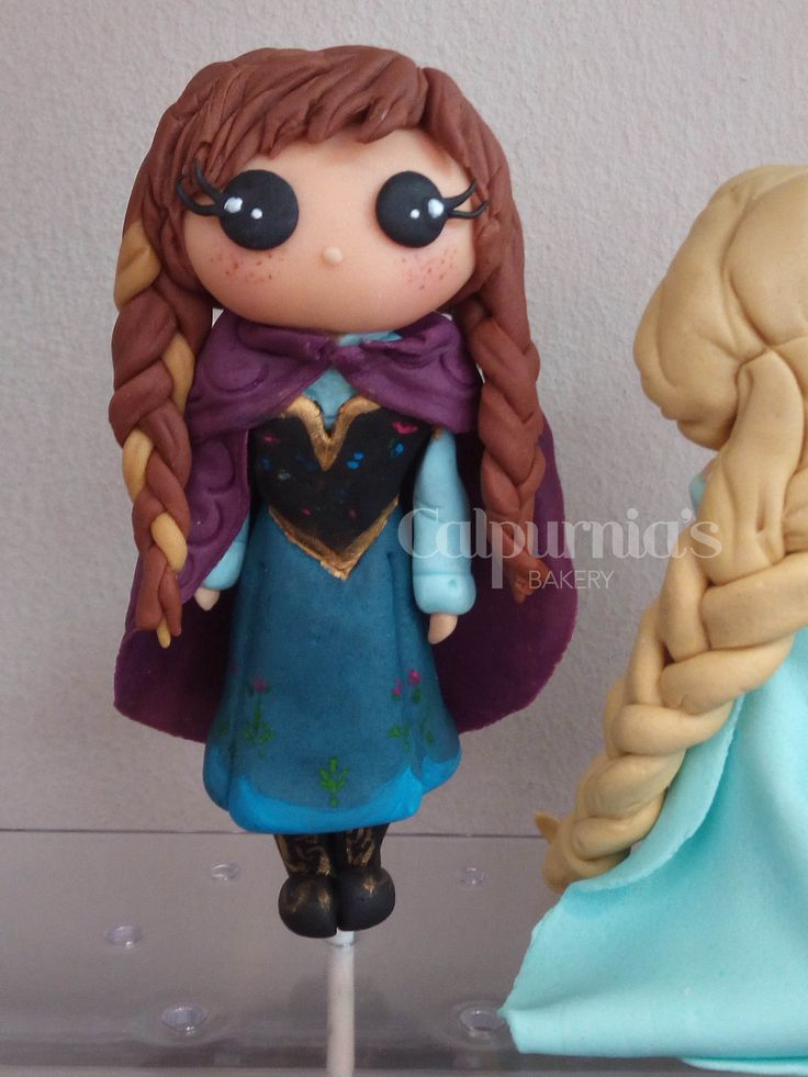 Anna Frozen fondant topper
