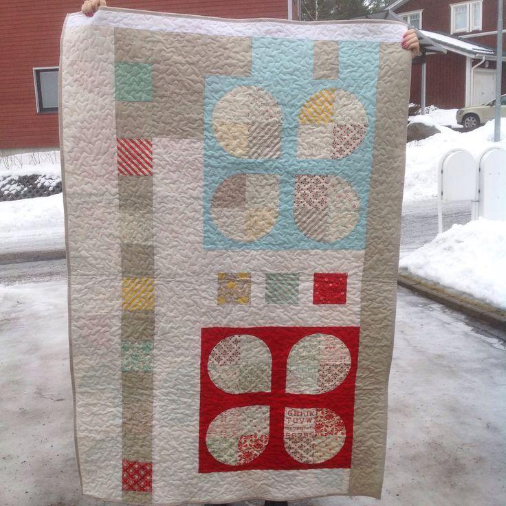 Back of my Retro Flower quilt.