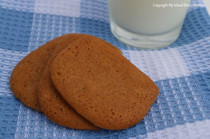 November 2013 Cookie of the Month: Gingersnaps