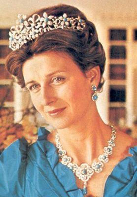thejewelryvault: A Ogilvy Parure.Given a Princesa Alexandra por Angus Ogilvy, as pedras turquesa são substituíveis, ela também é usada com pearls.Creator: Collingwood Pedra (s): Turquesa, Diamond