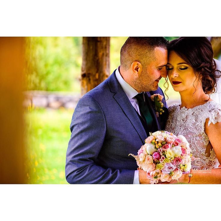 A&C Wedding Day Preview   www.cristians.ro . . #weddingday #huffpostido #instawed #instapic #instagood #instalove #destinationweddingphotographer #romaniawedding #Transylvania #Romania #nikon #d750 #nikond750 #bride #pin #beautiful #groom #valeamuresului #luncabradului #ig_romania #targumures #samedayedit #thesecondshot #aotss