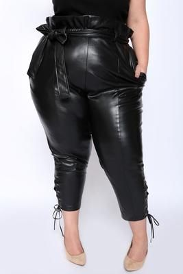7a90df0f Anne Leather Paperbag Pants with Pockets | Big Fetish Girls ...