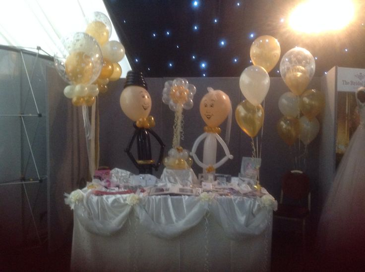 Wedding Fayre at Branston Hall. Balloons by Carol at Party Planet Lincoln UK