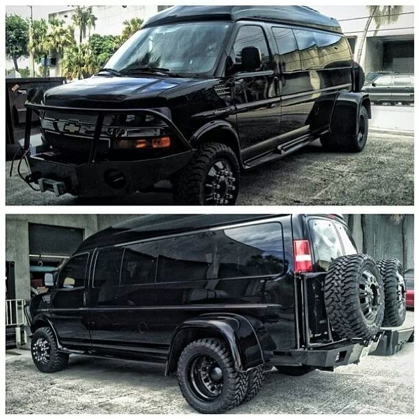 dually 1 Ton Chevy van. that is what my B 52 gonna look like but better