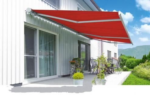 Patio and balcony awnings | markilux
