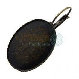 http://www.vintage-handmade.ro/264-thickbox_default/baza-cabochon-cercei-bronz-antic-rotund-36x28x3mm-diam-tavita-18x25mm.jpg