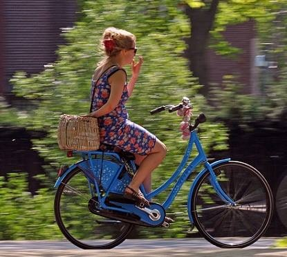 Riding without using hands! Most younger Dutch people know how to do this. We learn how as kids.