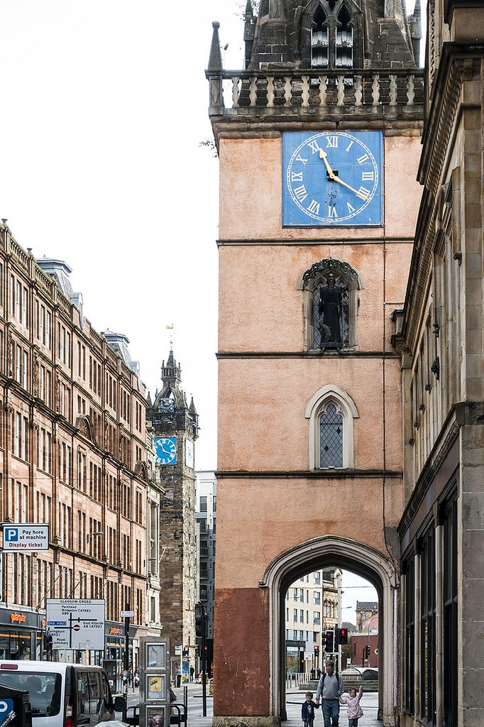 https://flic.kr/p/A581ho | Trongate and Glasgow Cross | Both clocks at the Trongate and Glasgow Cross has been moved back from daylight saving time.