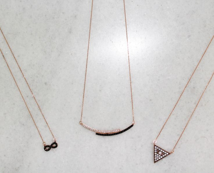 Love these necklaces in rose gold. Find them on www.goldentiara.gr