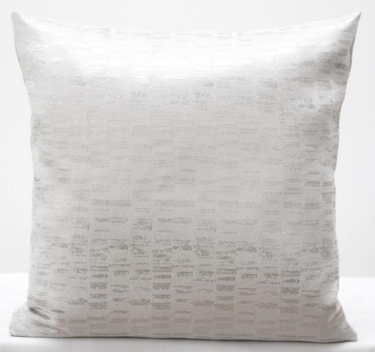 Dekorační bílé povlaky na polštářky