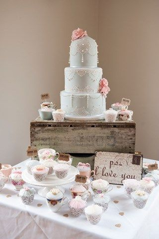 The wedding sweet table ideas at this big day are out of this world; think cake pops, fondue AND cupcakes