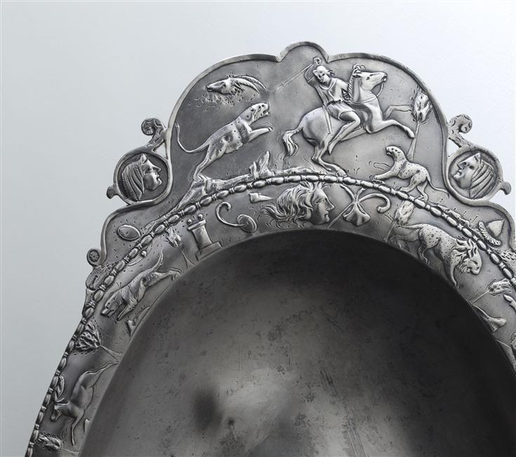 Détail d'un plat du trésor de Réthel, période gallo-romaine, © RMN-GP (MAN) / T. Le Mage