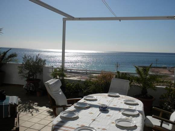 Casa con 5 dormitorios en Agua Amarga, Almería