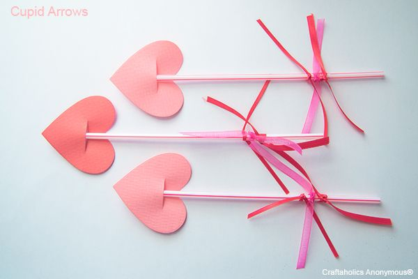 Super cute Valentine Crafts for Kids! These cupid arrows were a hit with my kids!