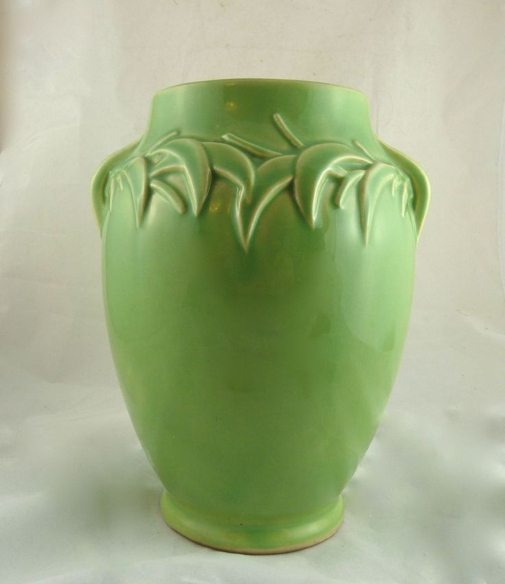 Best 25 Mccoy Pottery Vases Ideas On Pinterest Mccoy Pottery Mccoy Pottery Value And Vintage