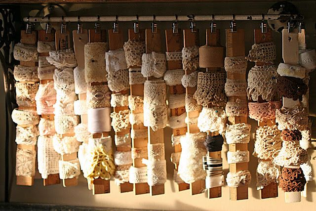 Great way to organize my lace. (Mamie Jane's)Booths Display, Booth Displays, Painting Sticks, Ribbons Storage, Vintage Lace, Crafts Room, Mamie Jane, Storage Ideas, Display Piece