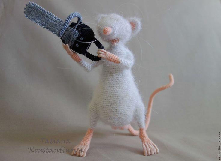 """Купить Игрушка крыса с бензопилой """"Играй гормон"""" - белый, мышь, крыса, игрушка ручной работы"""