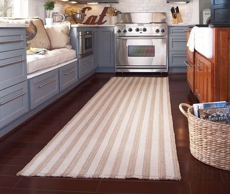 Best 25 kitchen rug runners ideas on pinterest kitchen for Small rugs for kitchen