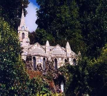 The Little Chapel (Shell Church on Guernsey)