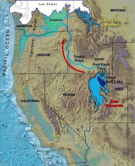 Lake Bonneville in late Pleistocene 14,500 years before present. The Pleistocene lakes are shown in light blue. The modern Great Salt Lake shown in dark blue. The flood wave broke through at Red Rock Pass and spread northward into Idaho and Oregon along the Snake River until it reached Scablands in Washington, then it followed the route of the Missoula flood waves to the sea along Columbia river.