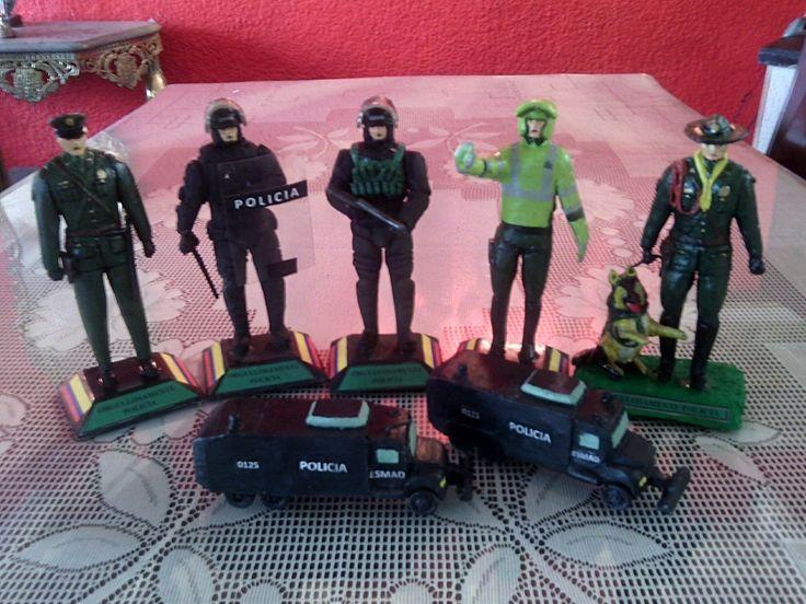 Figuras policiales wtssp 4152305093