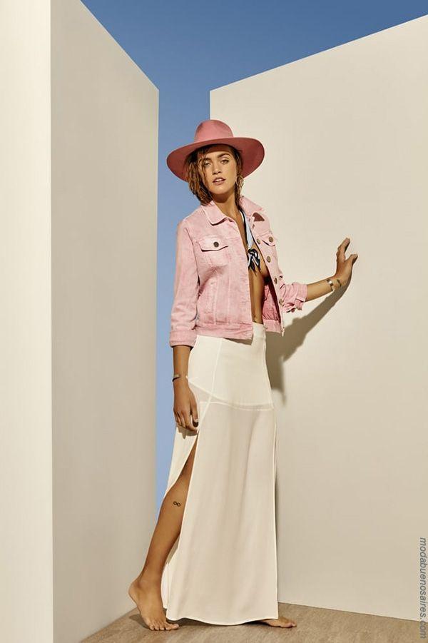 Moda primavera verano 2018: Te presentamos los mejores looks de Osssira, marca referente en el mundo de la moda argentina de estilo urbano y femenino.   Moda 2018: Estilos para la primavera verano 2018.