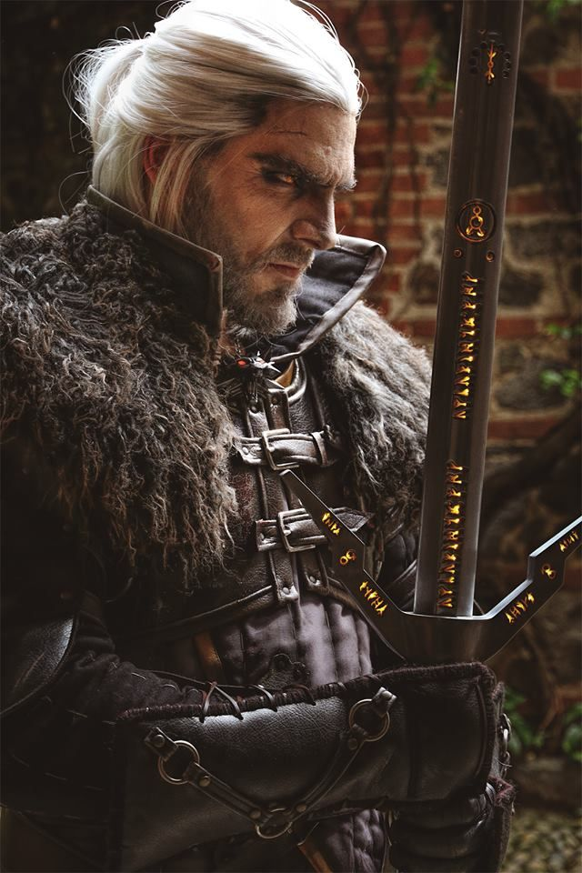 I think this is the best male Geralt cosplay I've ever seen . - Geralt of Rivia (Witcher) by Maul cospal