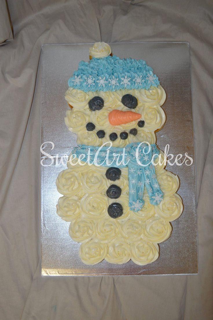 Pull apart snowman cupcake cake