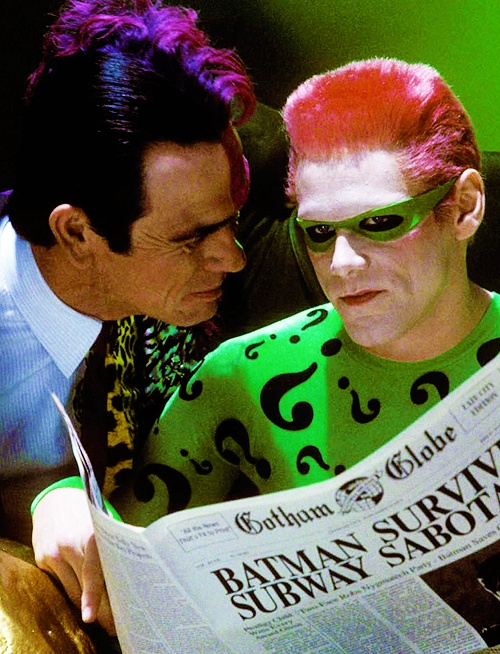 """Scene of Tommy Lee Jones as Two-face and Jim Carrey as The Riddler for """"Batman Forever"""" (1995)."""