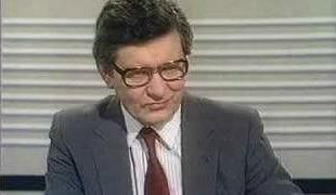 Richard Baker reading the news on BBC1 for the final time on 31st Dec 1982