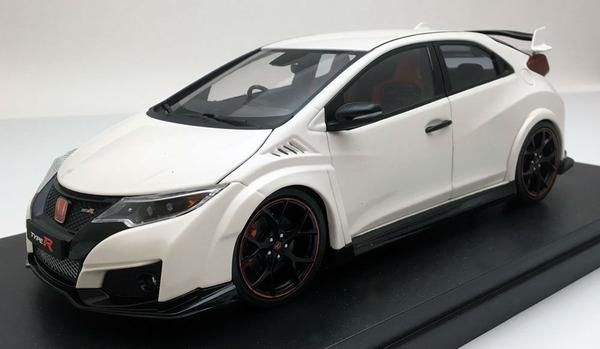 Honda Civic Type R (2015) | 1:18 Scale Diecast Model by Ebbro | Model Citizen