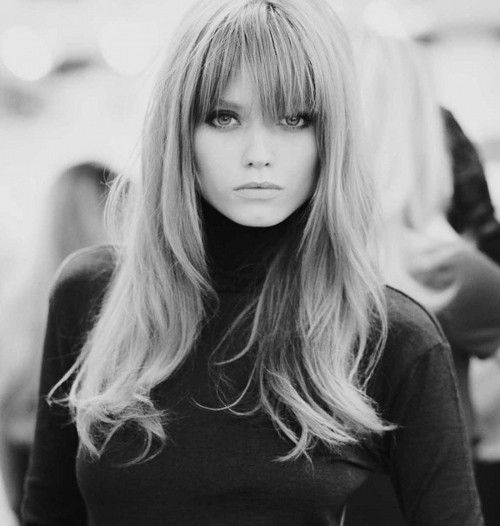 3. Bangs    Feel free to experiment with bangs because, with an oval face like yours, you simply can't go wrong! Now, there is one tiny problem some …