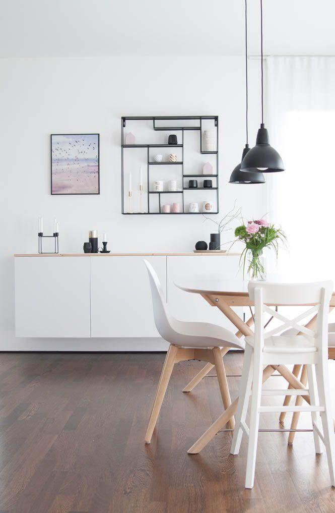 Essbereich Mit Bruka Design Regal Regal Design Wohn Esszimmer Wohnaccessoires