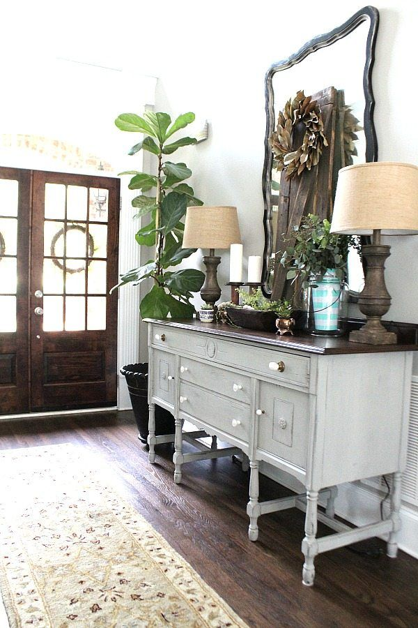 All about nature for summer decor - magnolia wreath, fiddle leaf fig and all things garden inspired entry at refreshrestyle.com
