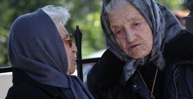 Οι γιαγιάδες των Γιαννιτσών πάνε… σχολείο για να μάθουν να ανατρέφουν ...