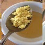 Mette a bollire limone, zenzero e aglio. Il risultato è sorprendente!