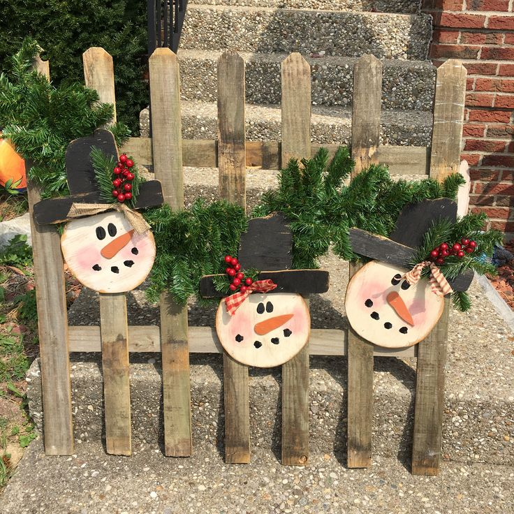 picket fence christmas decorations for country living